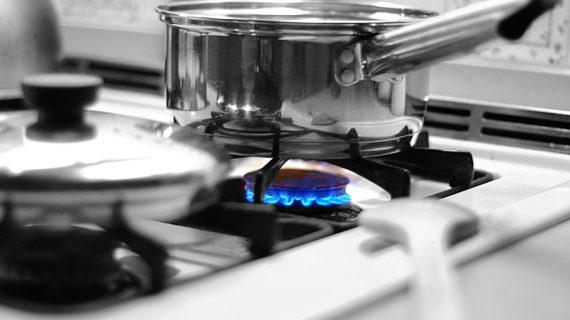 Ingin Membeli Kompor Gas Baru? Simak Tips Memilih Kompor Gas yang Aman dan Awet