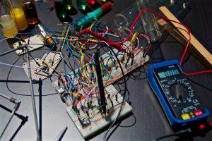 Penting! Inilah Fungsi dan Sistem Kerja Stabilizer Listrik